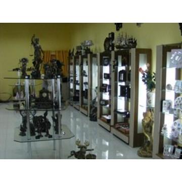 Мебель для сувенироного магазина стеклянные стойки и витрины МТД-42